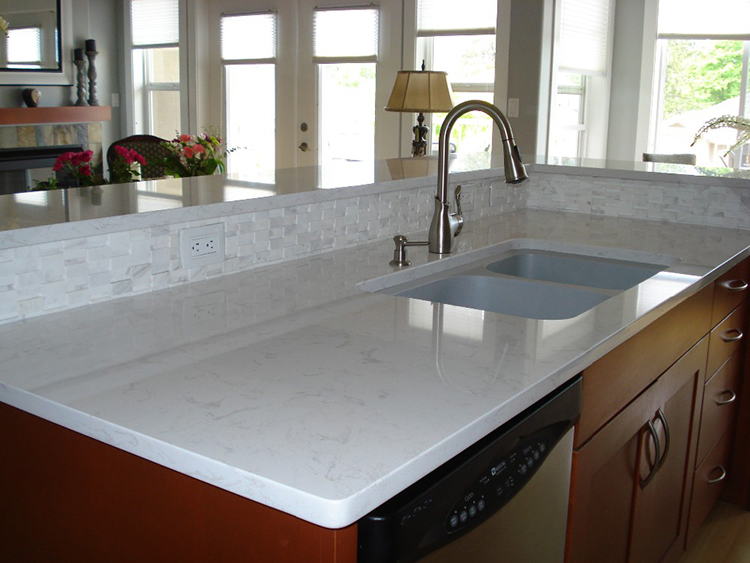 Quartz with sink
